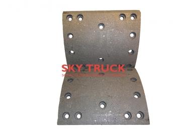 Накладка тормозная задняя HOWO-A7 Euro-4 (14 отверстий) AZ9231342068